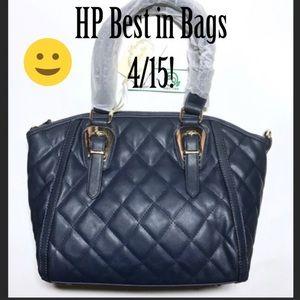 Handbags - ❤️HP! NWT Isabelle Convertible Shoulder Bag
